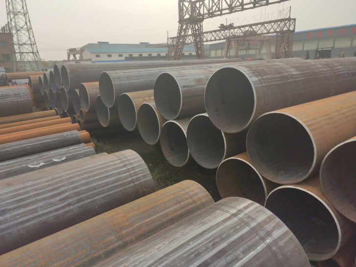 China steel pipes for sale-GKsteelpipe